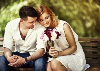 5 φιλοφρονήσεις για να γοητεύσεις έναν άντρα, σύμφωνα με το ζώδιό του.